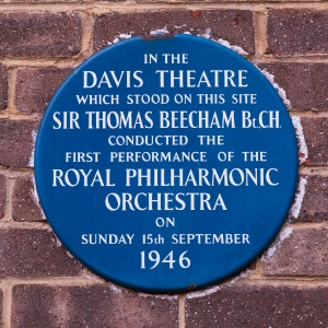 Plaque commemorating the Davis Theatre, Robert Street Croydon.