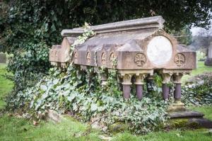 Tomb at Queen's Road Cemetery, Croydon